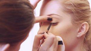 eyelash-makeup